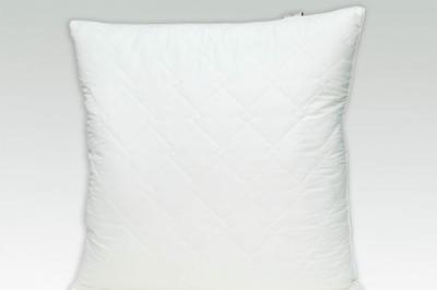 Подушка на лебединном пухе 70х70