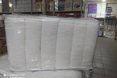 Набор белых махровых полотенец   ( 6 шт. )136